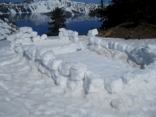 Snow structure at Sun Notch